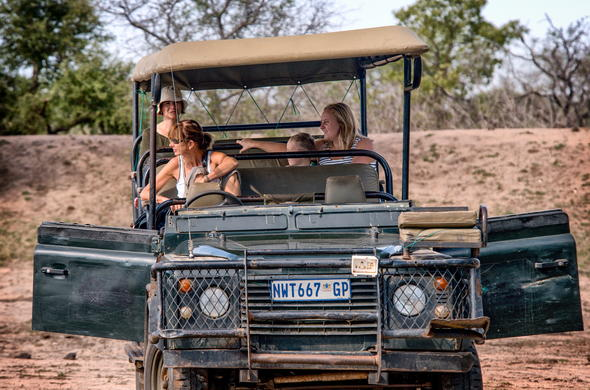 Thrilling game drives in the Greater Kruger Park.